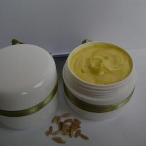Crema antivergeturi cu ulei de cocos si ulei din germeni de grau