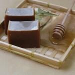 sapun natural cu miere si tei, pentru piele sensibila