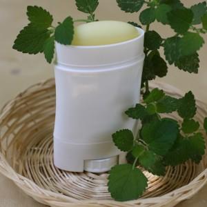 Deodorant natural cu roinita si bicarbonat de sodiu