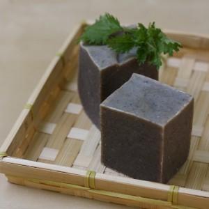 Sampon natural cu urzica, argila, rozmarin si lamaie